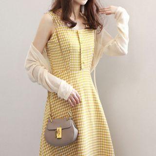 Plaid Sleeveless Midi A-line Dress / Shawl