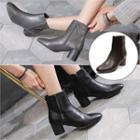 Cylinder-heel Woven Detail Ankle Boots