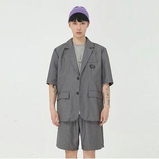 Short-sleeve Single Breasted Printed Blazer + High-waist Plain Dress Shorts
