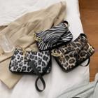Faux Leopard Print Chain Shoulder Bag