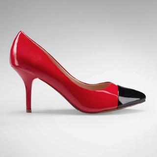 Contrast-toe Pointy Stilettos