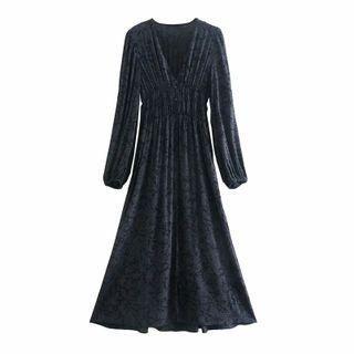 V-neck Long-sleeve Patterned Dress