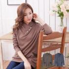 Plain Button-accent Piped Top
