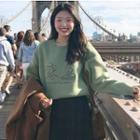 Printed Pullover / Plaid Skirt