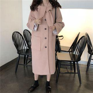 Long Buttoned Coat With Hat