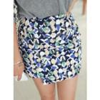 Band-waist Pattern Skirt