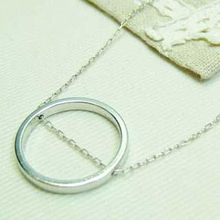 Simple Bright Circle Short Necklace