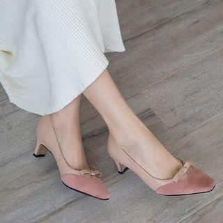 Genuine Leather Bow Accent Pumps