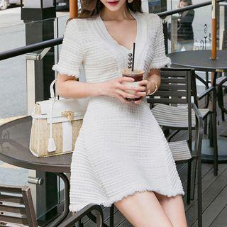 V-neck Short-sleeve Knit A-line Dress As Shown In Figure - One Size