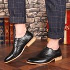 Carved Pointed Oxford Shoes
