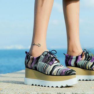 Printed Platform Lace-up Shoes