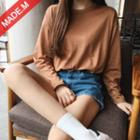 Boxy Crewneck Long-sleeve T-shirt