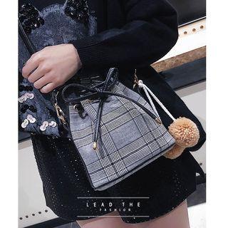Houndstooth Bucket Bag With Pom Pom