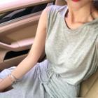 Set: Round-neck Tank Top + Slit-hem Skirt