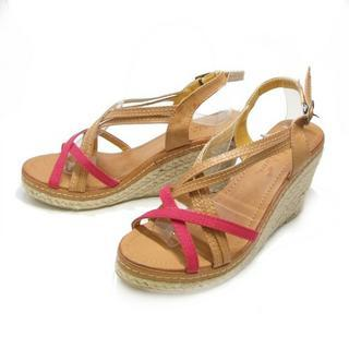 Cross-strap Platform Sandals