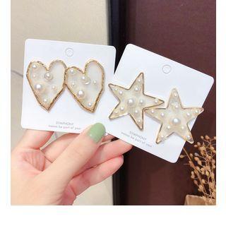 Heart Stud Earring / Star Stud Earring