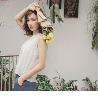 Round Neck Eyelet Sleeveless Top