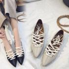 Pointy Toe Lace-up Flats