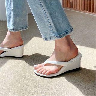 Wedge-heel Patent Flip-flops