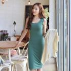 Sleeveless Plain Dress