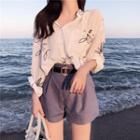 Print Shirt / High-waist Shorts