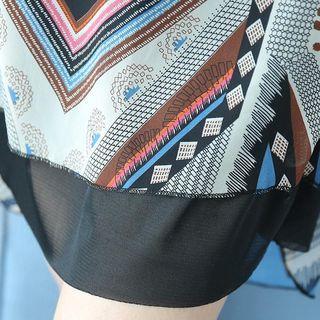 Patterned Short-sleeve Midi Chiffon Dress