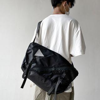 Triangle Print Messenger Bag