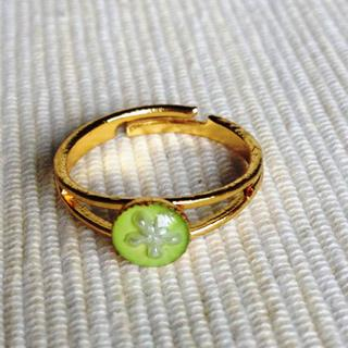 Resin Little Snowflake Ring (grass) One Size