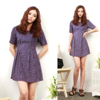 Short-sleeve Patterned Dress