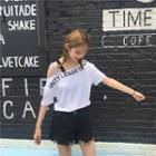 Cut-out Shoulder Printed Tee