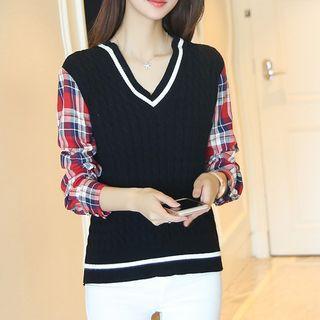 Plaid Panel V-neck Sweater