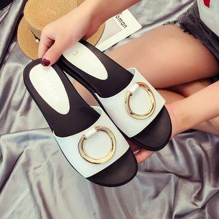 Ring Detail Slide Sandals