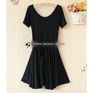 Short-sleeve Drawstring-waist Dress