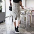 Slit-back Checked Pencil Skirt