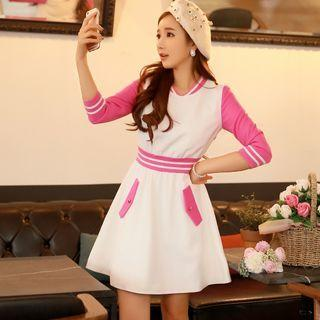 3/4-sleeve Contrast-color A-line Dress