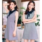Houndstooth Sleeveless Collared A-line Dress