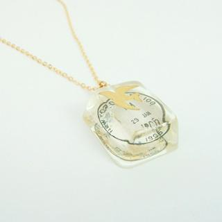Gold Pigeon Stamp Chop Ice Necklace