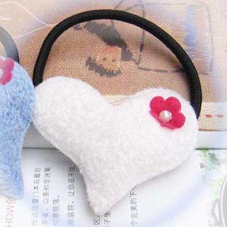 Heart-shaped Hair B&-white