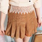 Crochet-trim Patterned Shorts
