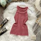 Halter-neck Plaid Knit Top