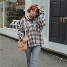 Boxy Dip-back Plaid Shirt