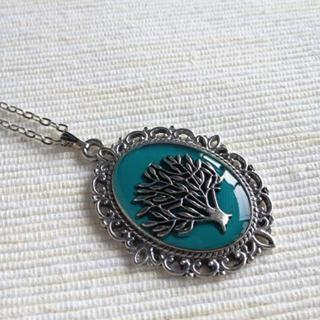 Silver Tree Necklace (green) One Size