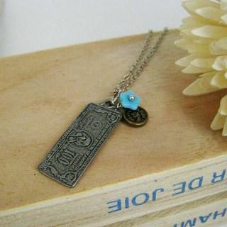 Old Note Necklace Silver - One Size