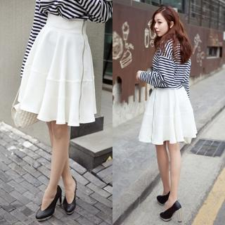 Zip-side A-line Skirt