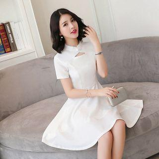 Chinese Knot Detailed Short Sleeve A-line Dress