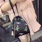 Print Triangle Shoulder Bag