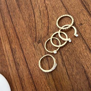Set Of 5: Rings Gold - One Size