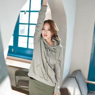 Print Hooded Pullover