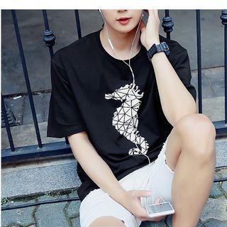 Seahorse Print Short Sleeve T-shirt