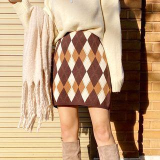 H-line Argyle Knit Skirt